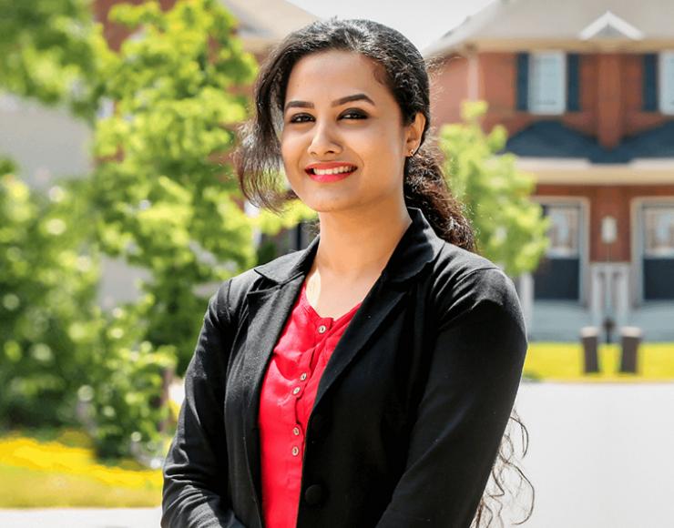 Neena Varghese – Malayali Mortgage Agent